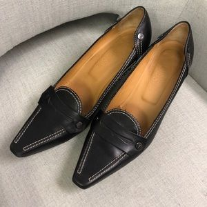 Authentic black leather Tod's heels size 10